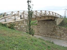Мост на игрище за голф - Изображение 2